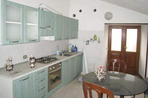 nembro-vendita-porzione-di-casa-indipendente_cucina